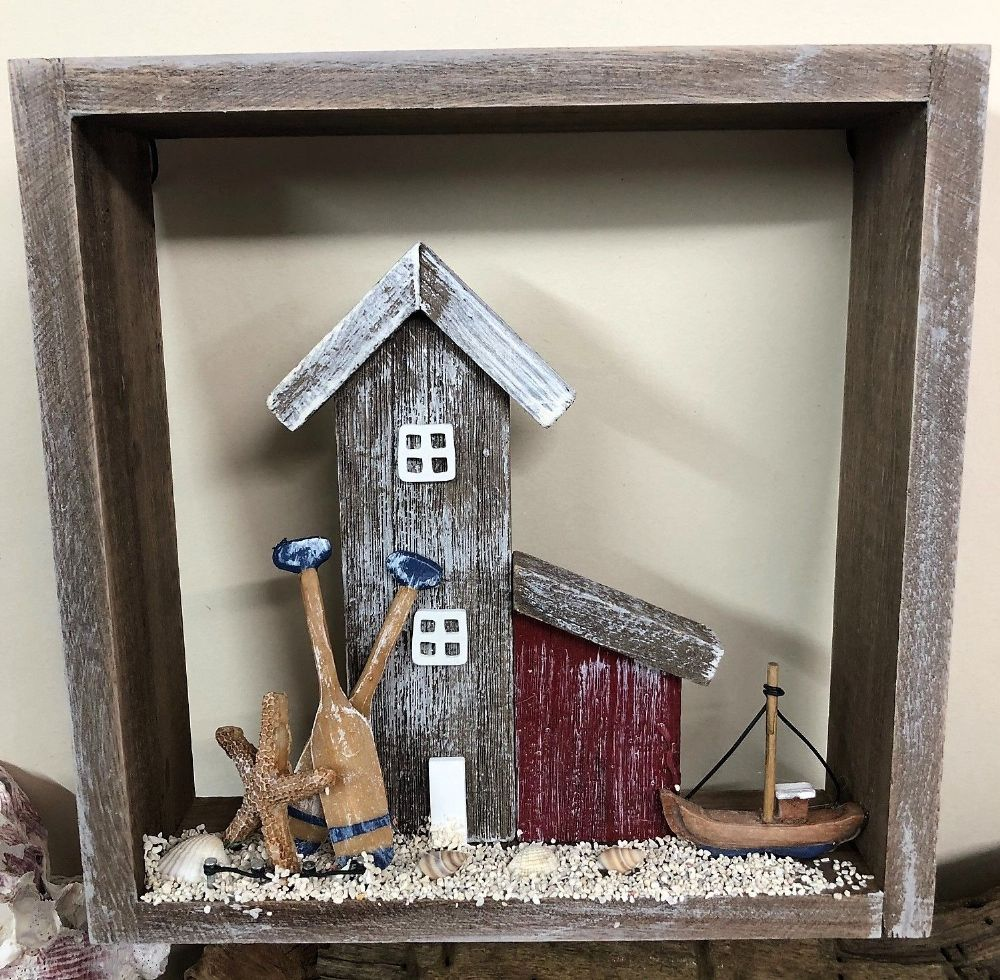 Beach Huts Seaside Beach Setting in Wooden Distressed Box Frame 22cm
